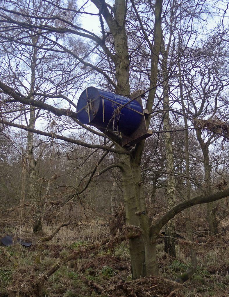 Barrel aloft
