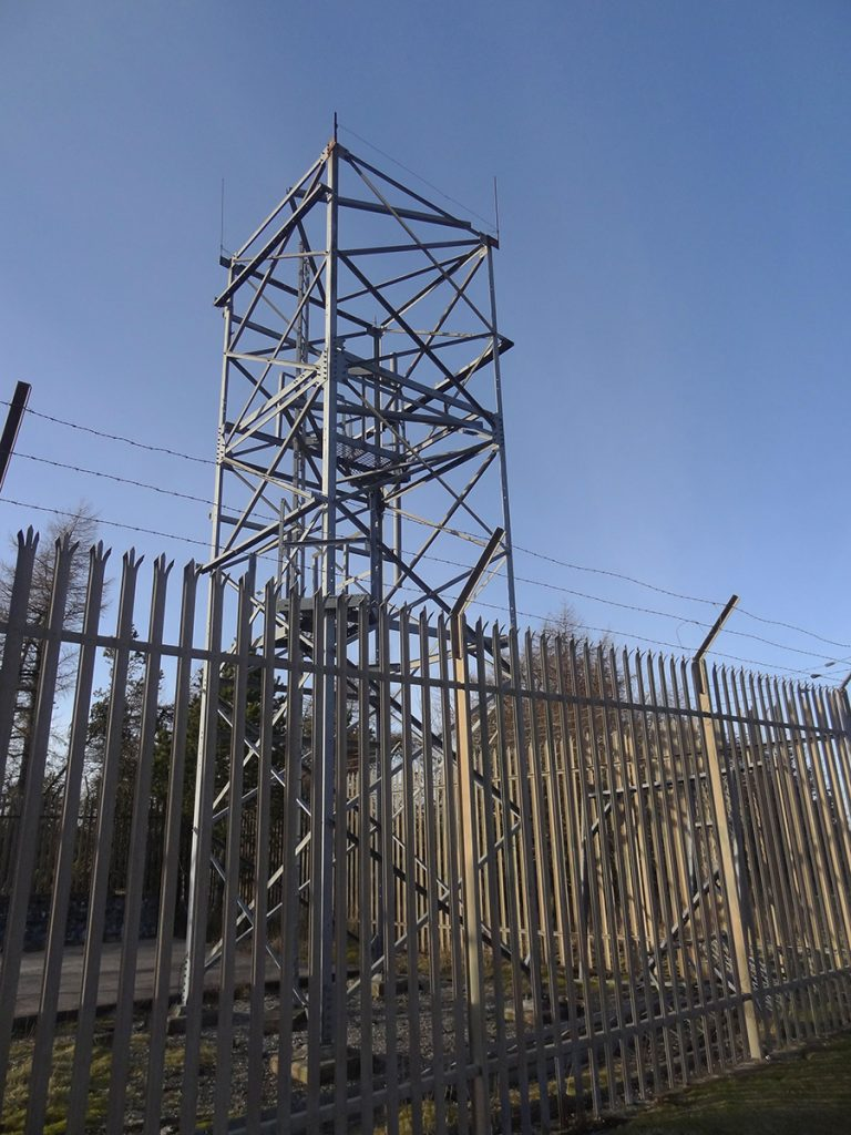 Defunct US Navy tower