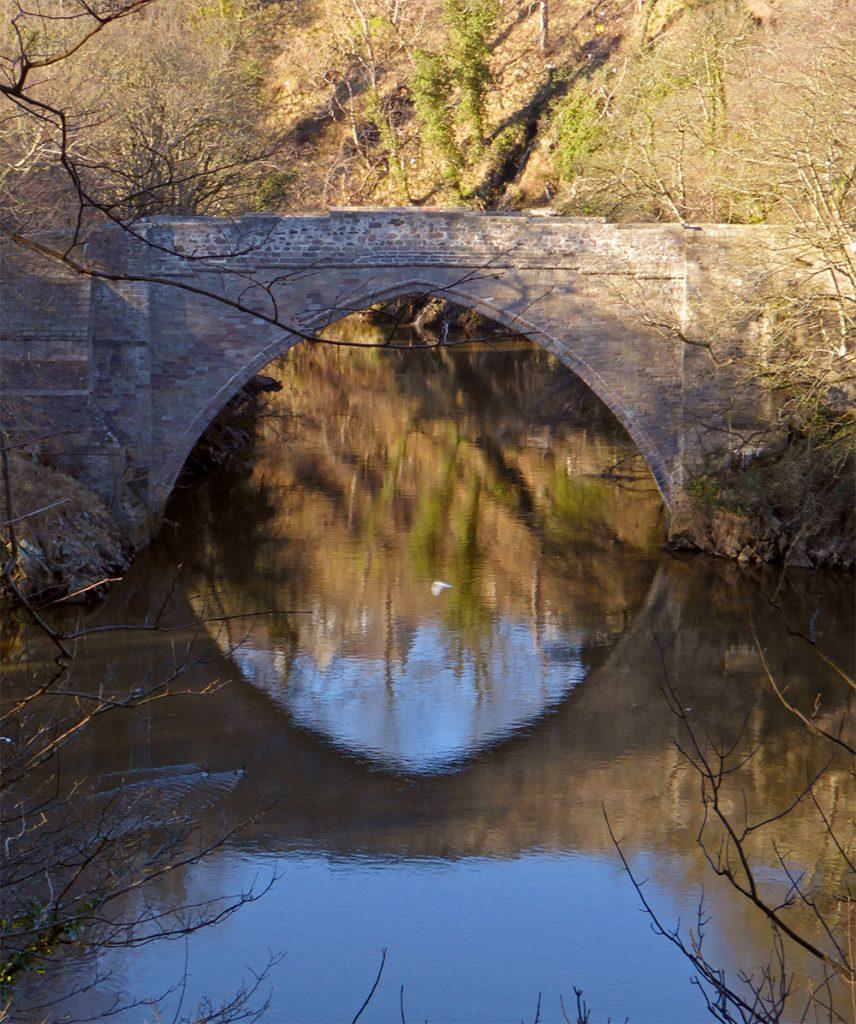 Brig O'Balgownie reflected
