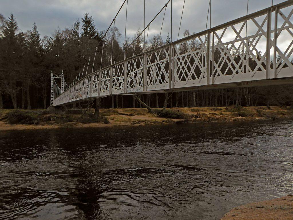Damage to the Cambus O'May bridge