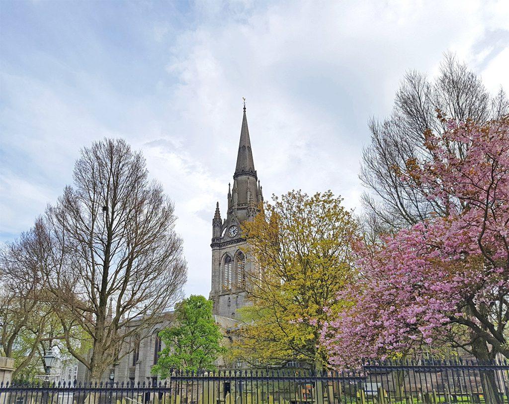 Cherry blossom at St Nicholas kirk