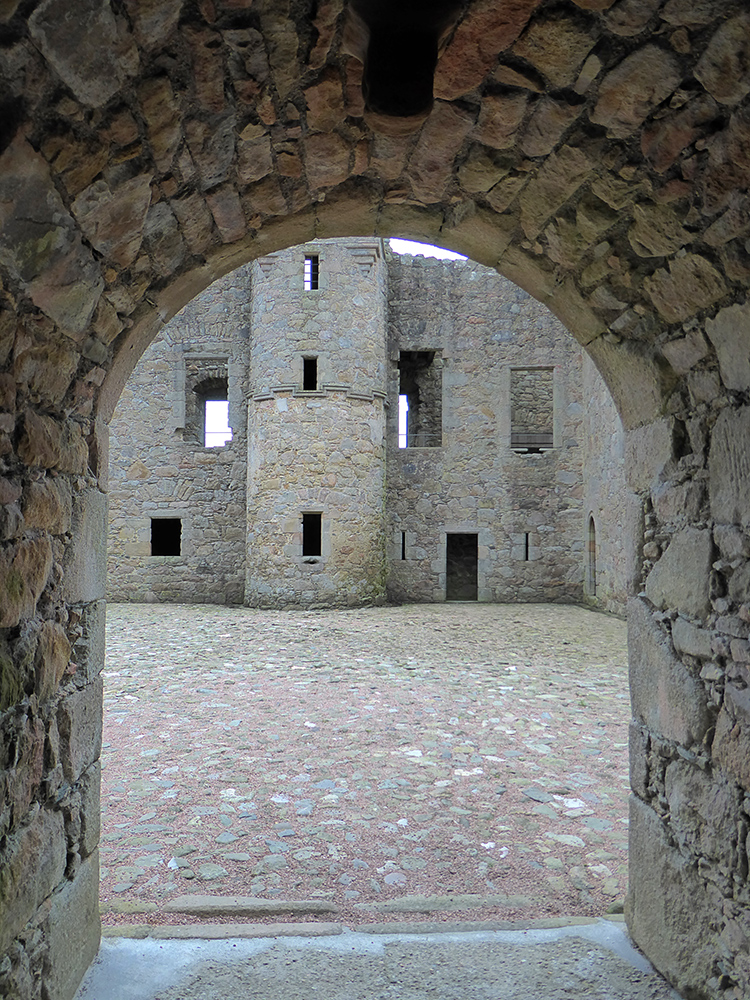 Tolquhon Castle entry into courtyard